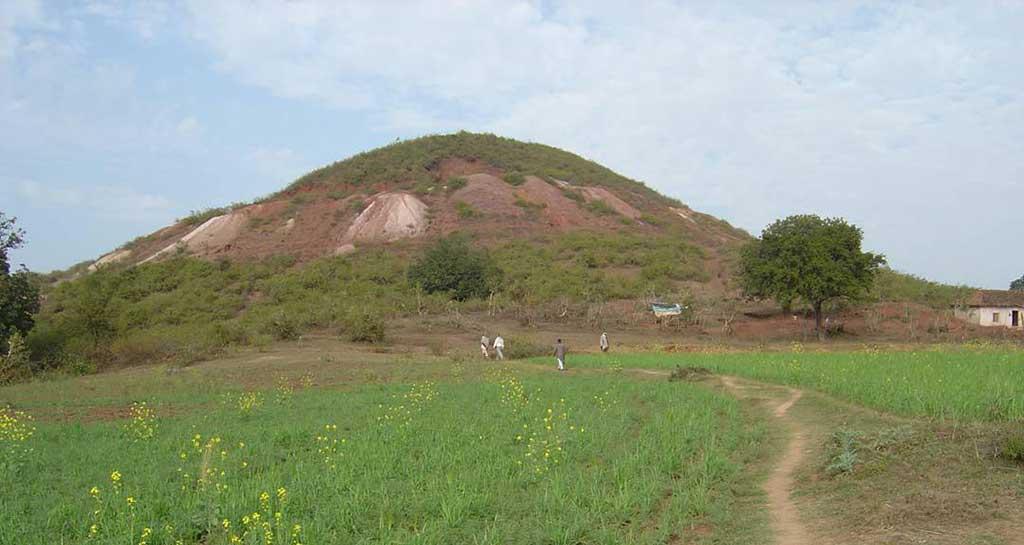 2-48 सिद्धा पहाड़ सतना मध्य प्रदेश - Shri Ram Sanskritik Shodh Sansthan Nyas